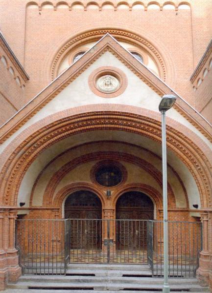 10001413-1kirche-orig.JPG