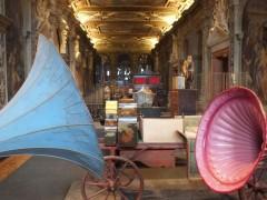 Вид экспозиции в парадной анфилад Фонда Прада (палаццо Ка'Корнер)