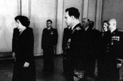 Голда Меир, посол Израиля в СССР, при вручении верительных грамот. Кремль. 10 сентября 1948 года.